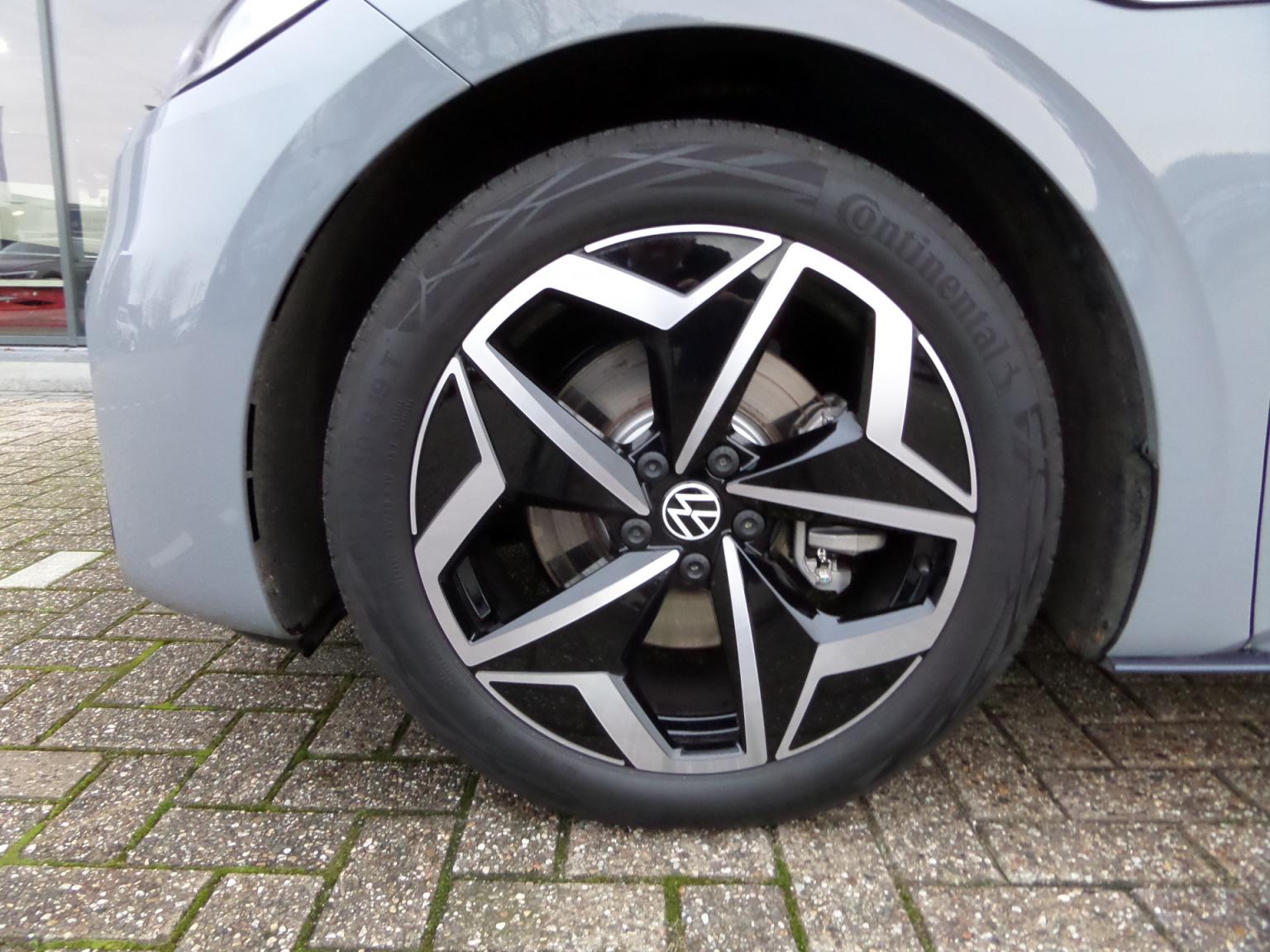 Volkswagen-ID.3-15